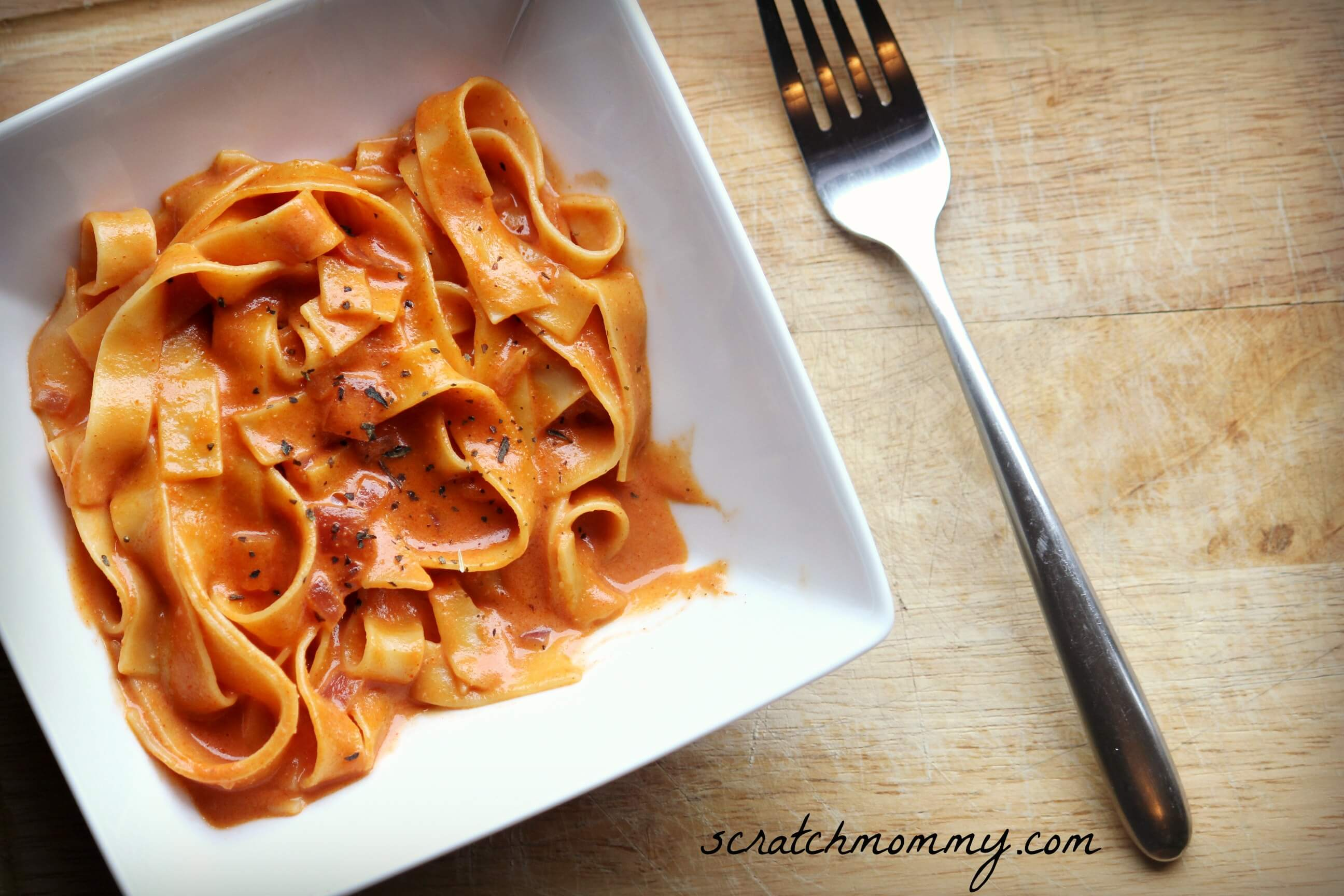 SECRET INGREDIENT CREAMY TOMATO PASTA (DAIRY-FREE, GF OPTION)