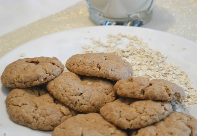 GF and DF Peanut Butter and Oatmeal Cookies
