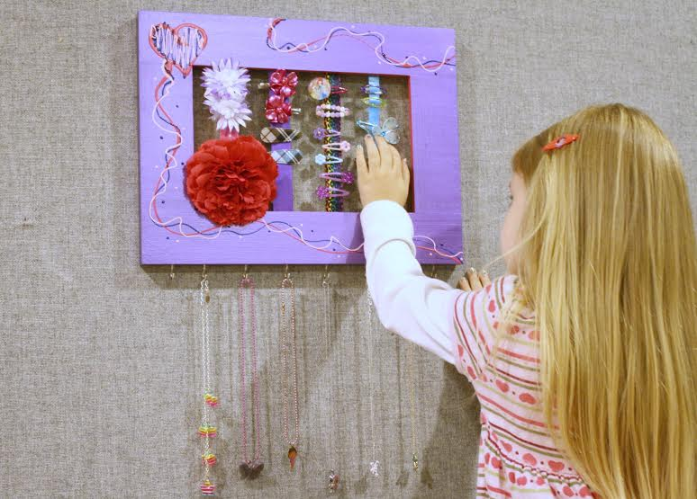 Handmade Hair Accessories Wall Frames - A Unique DIY ...
