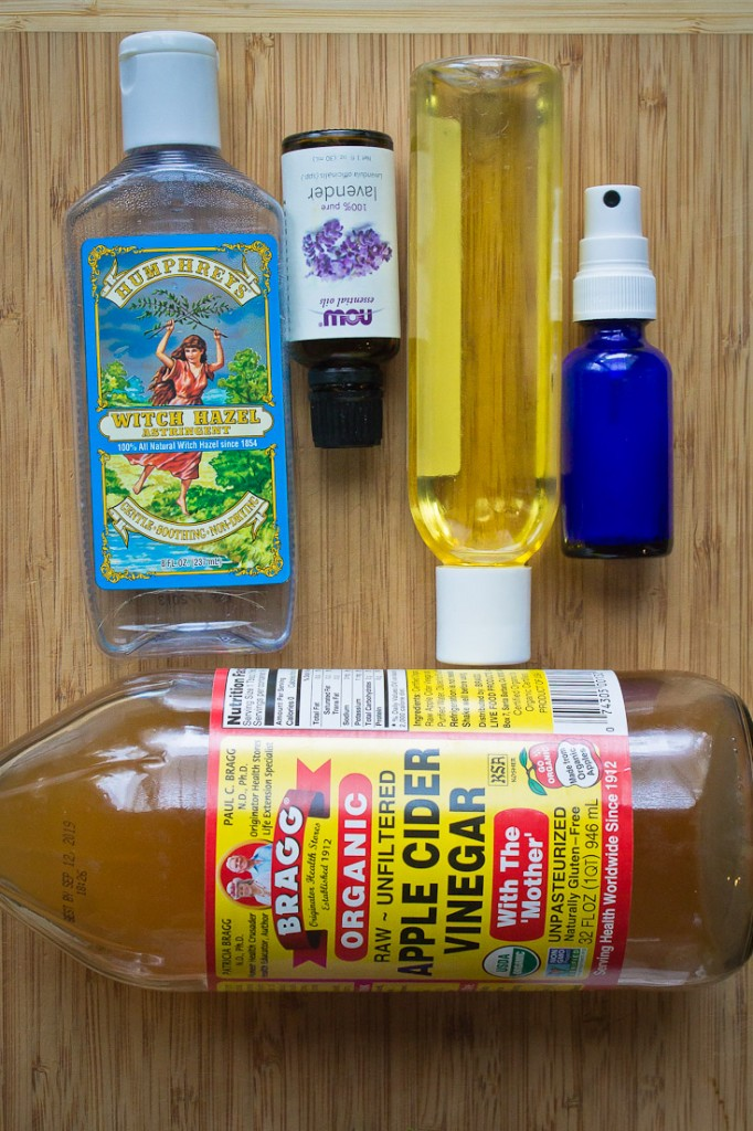 No more $50 lotions and trips to the beauty counters! This DIY acne fighting toner is made with 4 simple ingredients and packs a huge acne fighting punch.