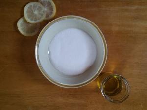 Invigorating lemon essential oil plus fresh lemon juice will get your feet summer-ready in no time flat!
