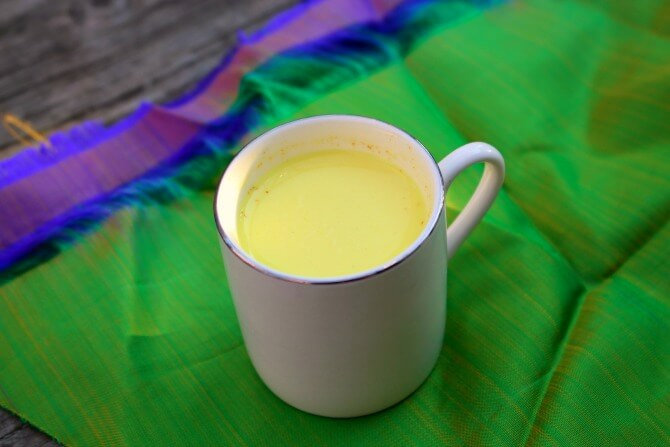 turmeric-milk-scratch-mommy.jpg