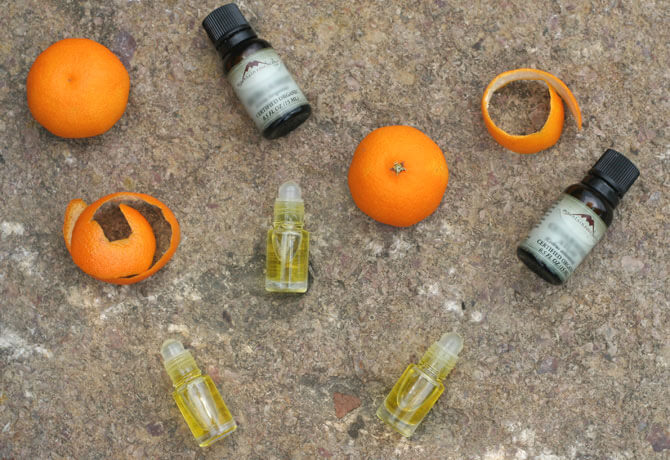 DIY Fruity Eessential Oil Roll-On Perfume Recipe