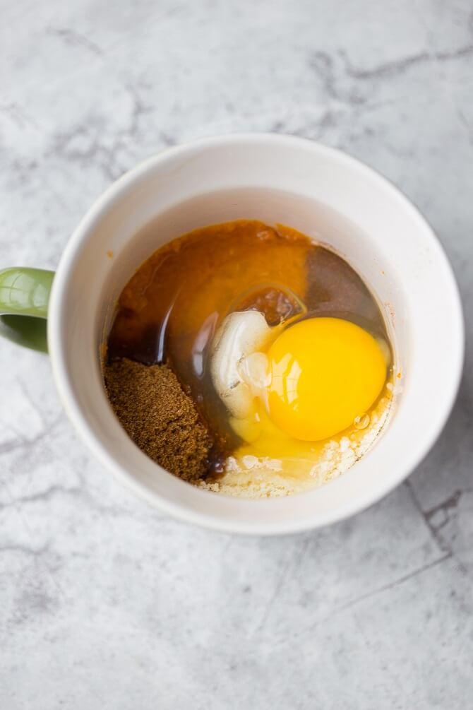 Paleo Pumpkin Cinnamon Roll in a Mug Recipe