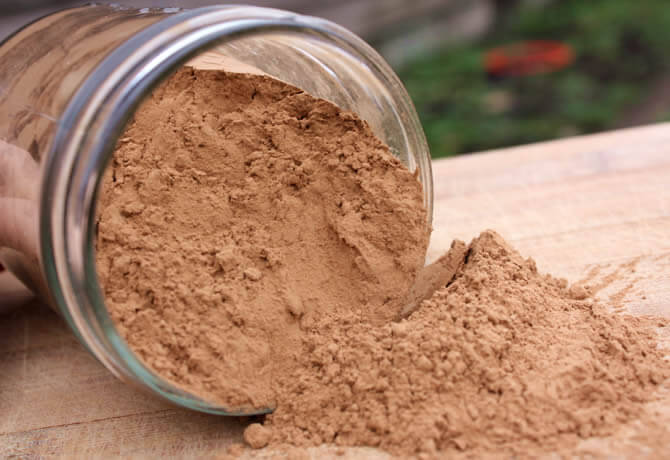 Cooking with Carob Powder: 5 Reasons To Switch From Cacao To Carob