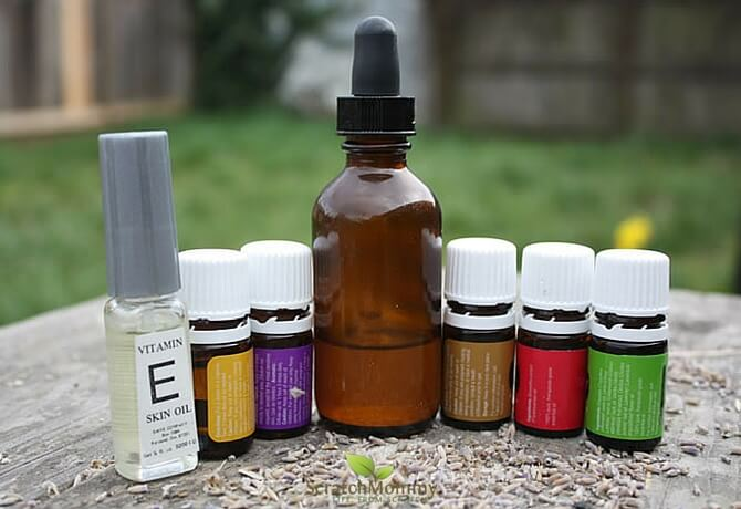 Frankincense for acne? Yup, you betcha! Grab our anti-acne recipe here!- Scratch Mommy