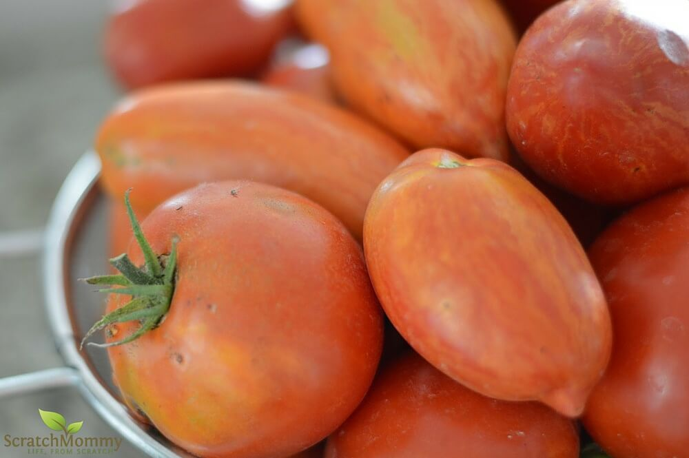 Tomatoes are fantastic for your body AND your skin. Learn how to eat your way to healthy skin!- Scratch Mommy