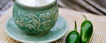 DIY Jalapeno Coconut Oil Sore Muscle Rub Recipe