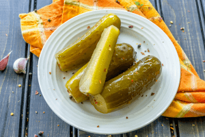 Beautiful, easy, probiotic rich fermented pickles!- Scratch Mommy