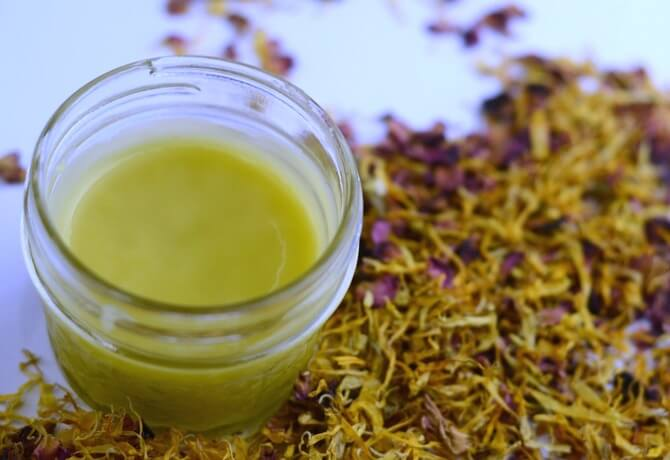 Our soothing and healing Herbal Dry Skin Salve (with chamomile, calendula, & roses) might be just what you need to soften your itchy, dry skin!- Scratch Mommy
